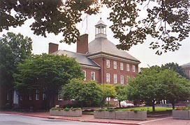 [photo, Legislative Services Building, 90 State Circle (from Bladen St.), Annapolis, Maryland]